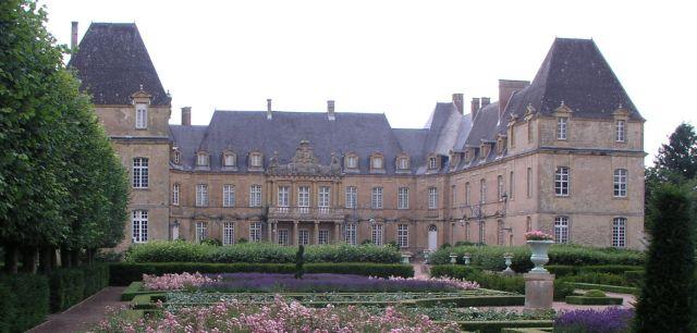 Château de la Bazolle à Curbigny