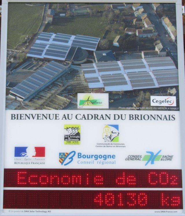 Toit photovoltaïque de St-Christophe-en-Brionnais