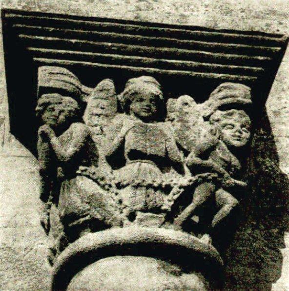 Chapiteau de l'église de Bois-Ste-Marie